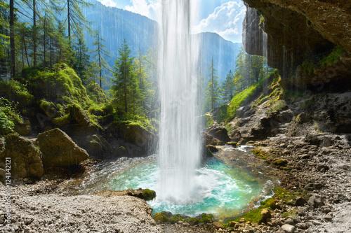 Foto op Canvas Watervallen hinter dem Wasserfall, Blick ins Tal