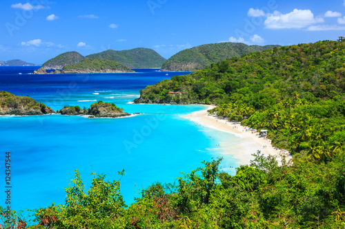 Photo Stands Caribbean Trunk Bay on St John island, US Virgin Islands