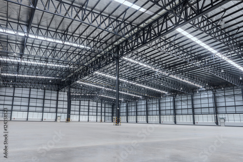 Staande foto Industrial geb. Interior of empty warehouse