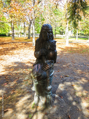 Foto op Plexiglas Artistiek mon. Statue of the fairy tales characters in a city park