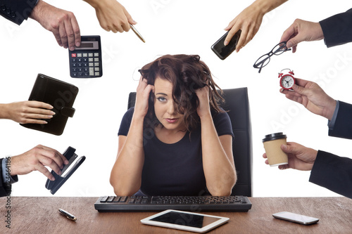 Fototapeta business woman sitting at desk at the office obraz