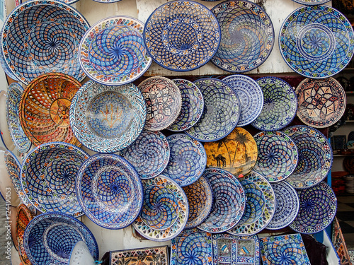 Deurstickers Tunesië Cerámica artesanal en Sidi bou Said deTúnez