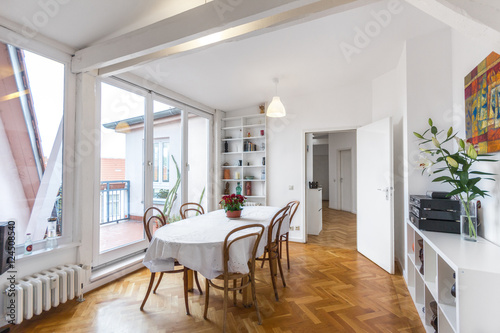 Dining Room With Big Dinner Table   Bautiful Apartment