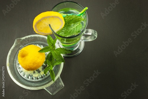 Valokuva  Refreshing mint and lemon
