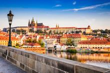Charles Bridge, Prague, Czech ...