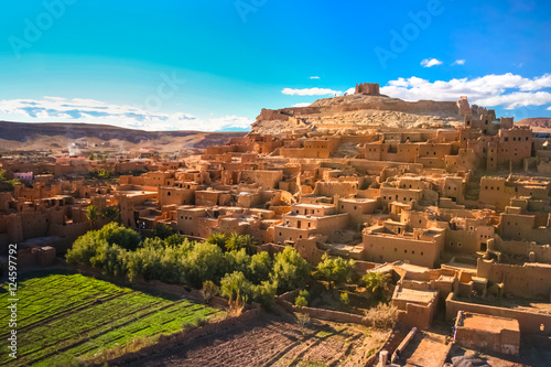 Photo sur Toile Con. Antique Panorama of the ancient moroccan kasbah Ait Benhaddou, near Ouarzazate, Morocco - Unesco world heritage.