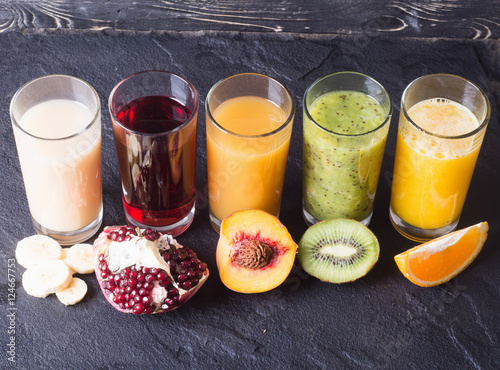 Poster Sap Fruit juice in glass
