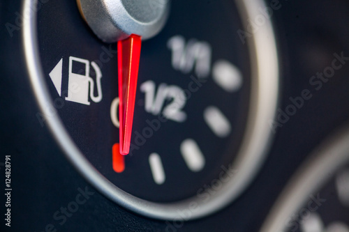 Fotografía  Car fuel gauge