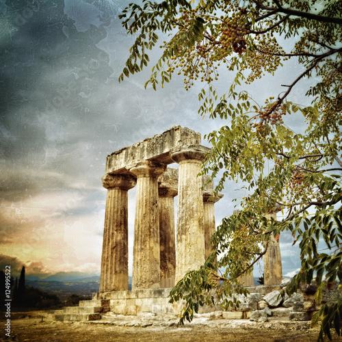 Valokuva  Temple of Apollo in Ancient Corinth Greece