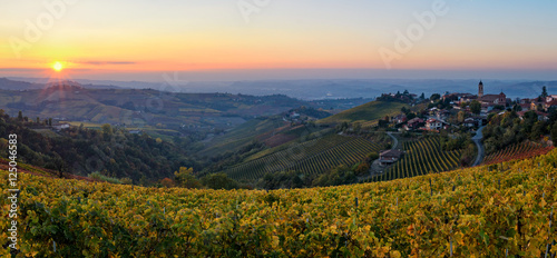 In de dag Toscane Le Langhe - Treiso and landscape in autumn colors at sunset