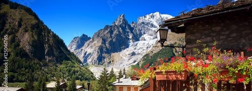 Valokuvatapetti Mont Blanc, Courmayeur, Italy