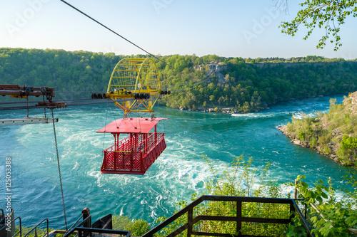 Fotografia Whirlpool Aero Car at Niagara, Canada