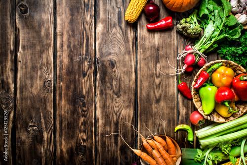 Deurstickers Keuken Fresh vegetables with herbs.