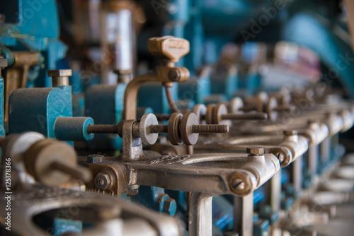 Foto auf AluDibond Bier / Apfelwein Cannery Machine