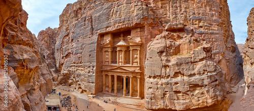 Fotografie, Obraz The temple-mausoleum of Al Khazneh in the ancient city of Petra in Jordan