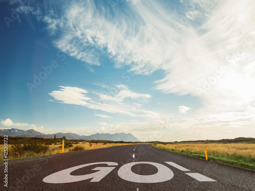 Papiers peints Route 66 Street view with the word go