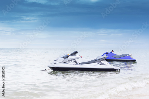 Keuken foto achterwand Water Motor sporten Jet ski on the Beach
