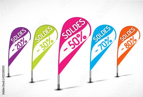 Valokuva  bannières flottantes multicolores : soldes 30% 50% 70%