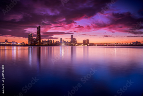 Photo  Han River Twilight - Seoul, Korea