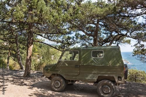 "Fotografia  Old LUAZ-969 ""Volyn"" - terrain vehicles, manufactured at Lutsk automobile plant"