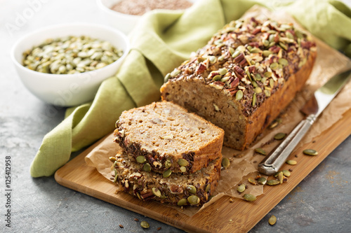 Spoed Foto op Canvas Brood Healthy gluten free banana bread