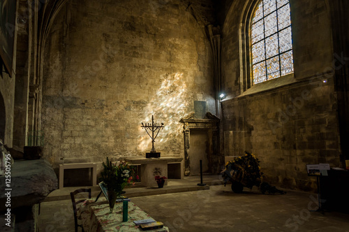 Valokuva Cathédrale saint-Trophime, Arles, chapelle intérieur.