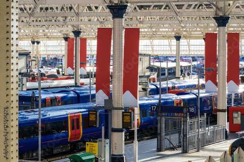 Foto op Plexiglas Treinstation Waterloo train station in London