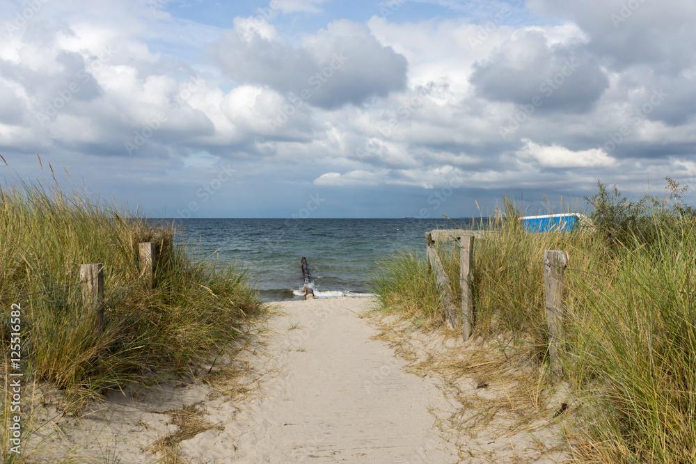Dünenweg zum Strand in Heiligenhafen, Schleswig-Holstein Foto ...