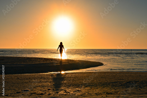 Fotografie, Obraz Well-being - Beach Silhouette