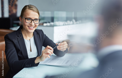 Conversation with partner Fototapeta
