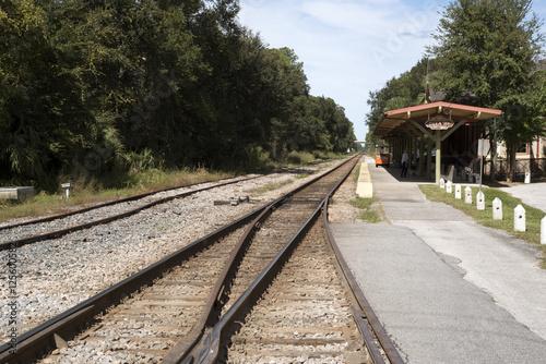Photo DeLand Florida USA - October 2016 - Railroad track at Deland Station Florida USA