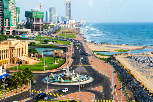 Photo Aerial view of Colombo, Sri Lanka modern buildings