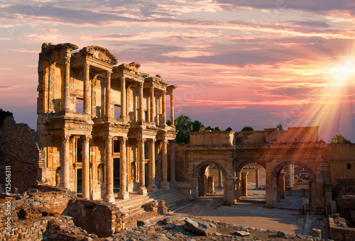 Fotobehang Oude gebouw Celsus Library in Ephesus, Turkey