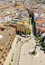 Plaza Virgen De Los Reyes En El Barrio De Santa Cruz, Sevilla, España