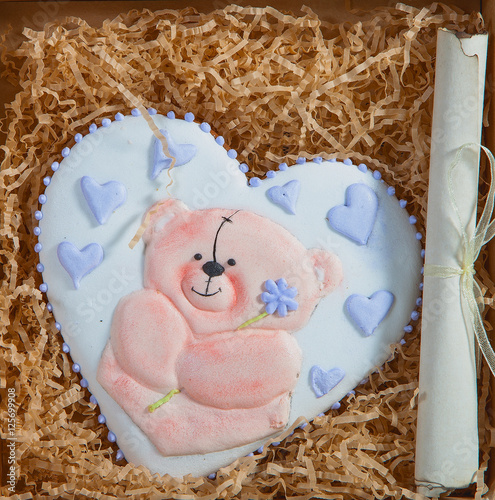 Türaufkleber Phantasie Valentine cake in heart shape for Valentine's day celebration