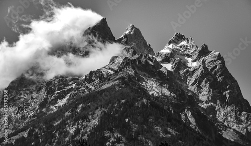 Photo Stands Gray traffic Teton Range