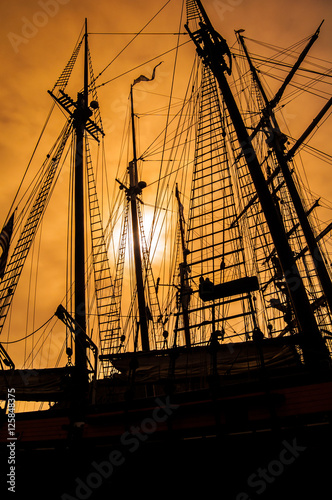 Foto op Canvas Schip old sailing ship rigging