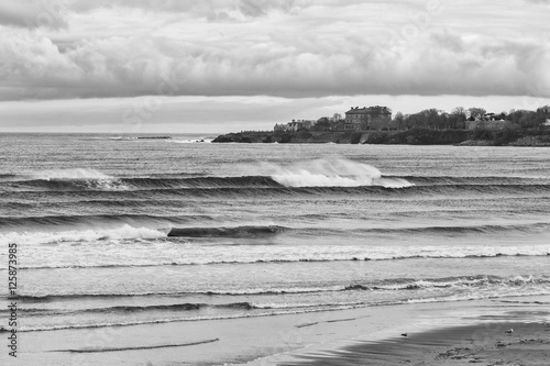 Photo  Breaking waves at Eastons beach