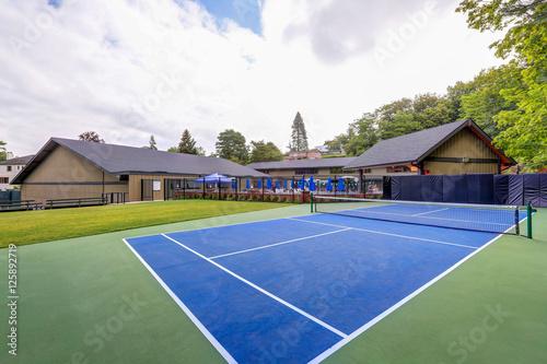 Valokuva  Empty tennis court in Tacoma Lawn tennis Club