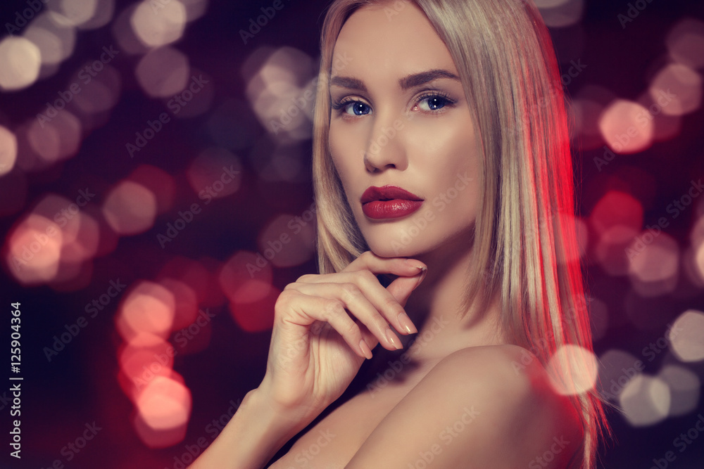 Poster  Beauty portrait. Beautiful sensual blonde woman.