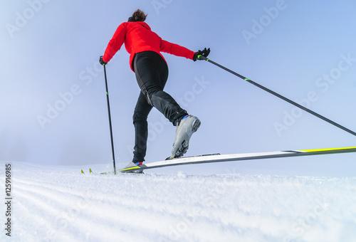 Montage in der Fensternische Wintersport dynamisch Langlaufen im klassischen Stil