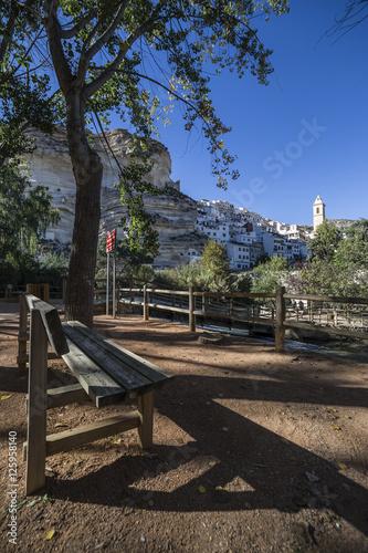 Keuken foto achterwand Kanaal Recreation area on the River Jucar, beautiful mountain views, Alcala del Jucar, Spain