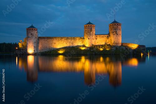 In de dag Noord Europa View of towers of Olavinlinn fortress in August night. Savonlinna, Finland