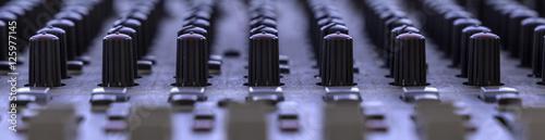 Fotografie, Obraz  composizione fotografica primo piano orizzontale  colori pannello di controllo m