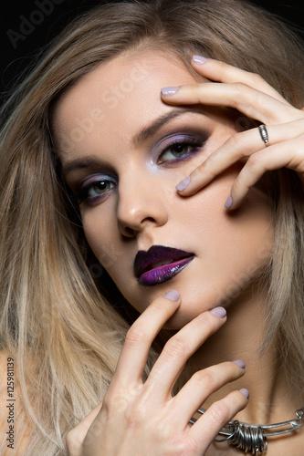 Fototapety, obrazy: Beautiful girl with dark purple lips