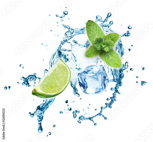 Keuken foto achterwand Opspattend water Ice cubes, mint leaves, water splash and lime isolated on a white background. Mojito