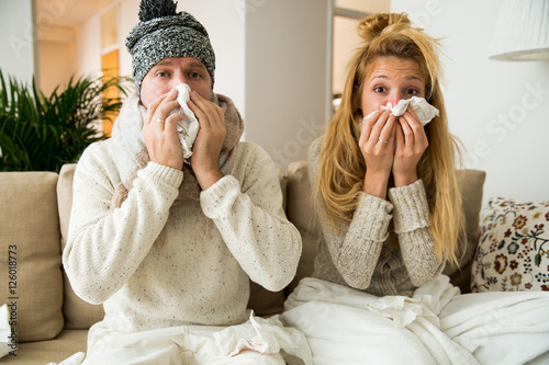Valokuva  Sick couple catch cold