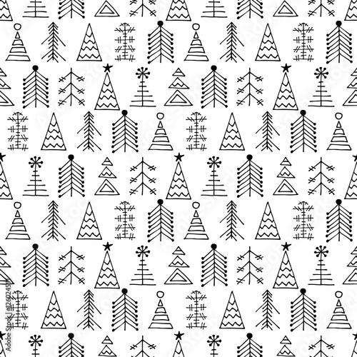 bezszwowy-wektoru-wzor-z-jedlinami-czarny-i-bialy-sezonowy-zimy-tlo-z-rozna-dekoracyjna-reka-rysujacym-jedlinowym-drzewem-graficzna