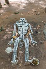 Human Dead Skeleton Statue In ...