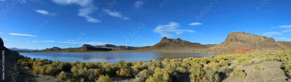 Fototapety, obrazy: Scenic Nevada landscape with tranquil lake panoramic